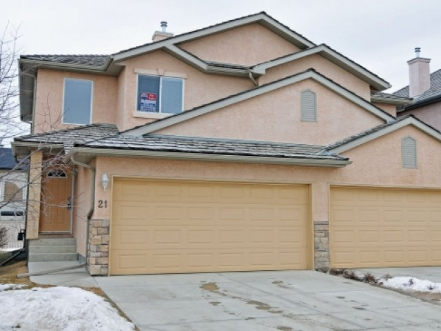 211 Royal Crest View NW MLS C3505987