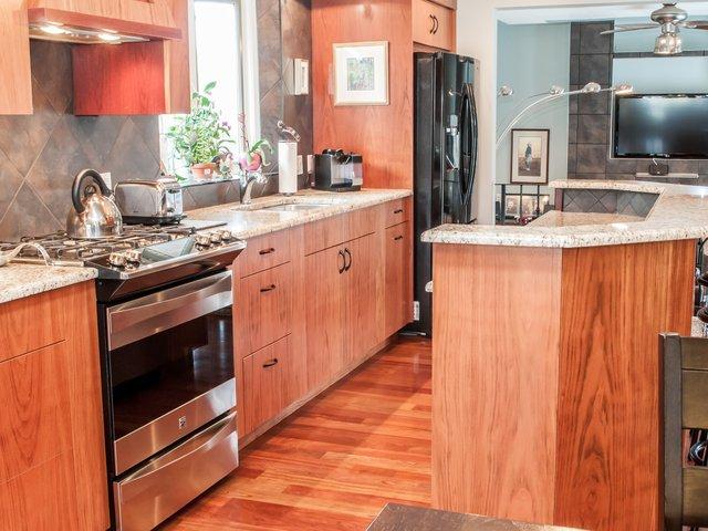 191 Lake Adams Crescent Se Calgary Property Listing