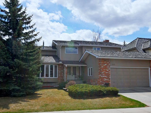 Calgary Woodlands MLS® REALTOR® listings for sale