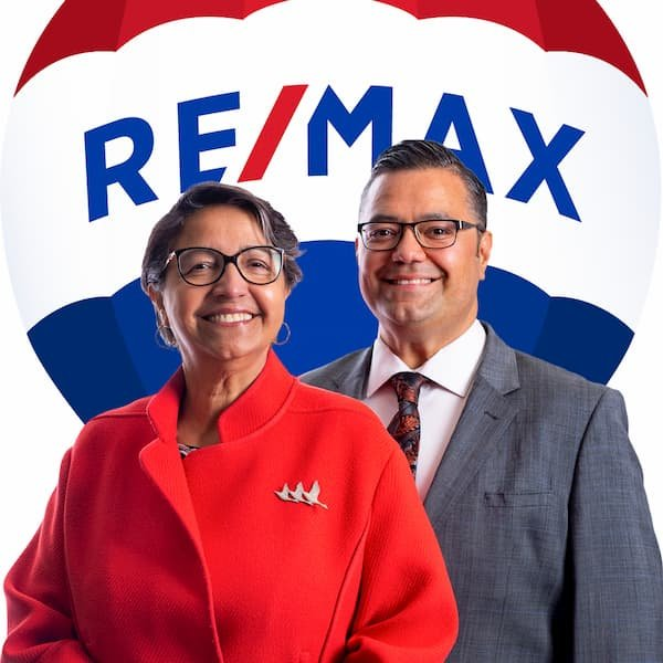 Shirley and Jeff Mikolajow, Calgary Real Estate Agents REALTORS®